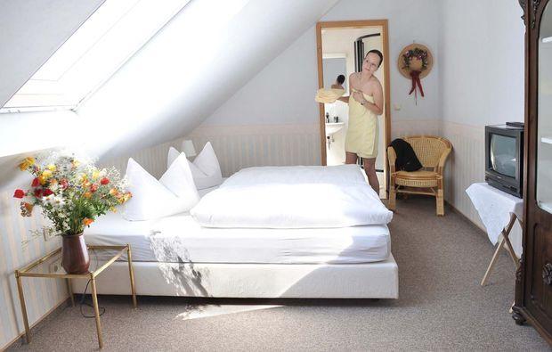 landhotel-urnshausen-doppelbett