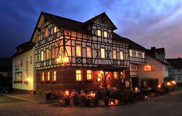 landhotel-urnshausen-zur-gruenen-kutte-abend