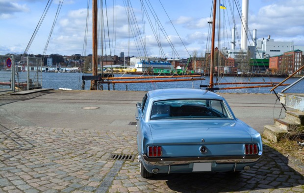 ford-mustang-oldtimer-fahren-wees-bg4