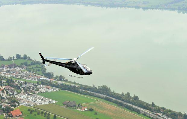 hubschrauber-rundflug-neudorf-flug