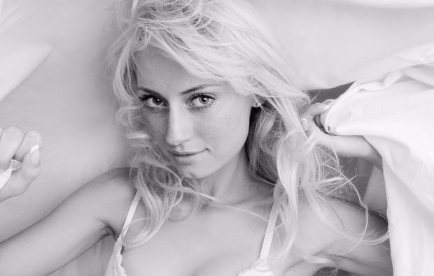 akt-dessous-fotoshooting-griesheim-blondine