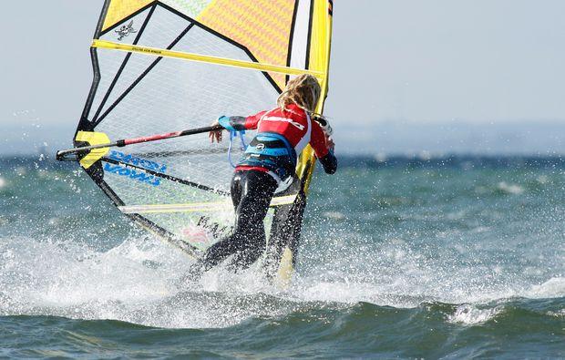 windsurfen-fehmarn-surfen