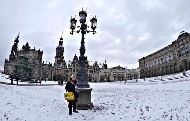 aussergewoehnliche-stadtfuehrung-dresden-snow
