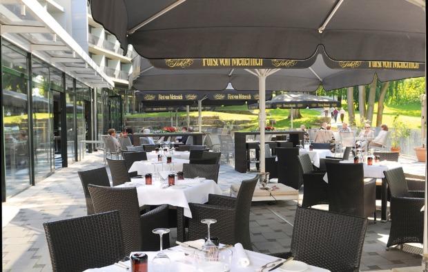 schlemmen-traeumen-mainz-terrasse