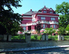2x2 Übernachtungen - Hotel Villa - Praha 10 Hotel Villa