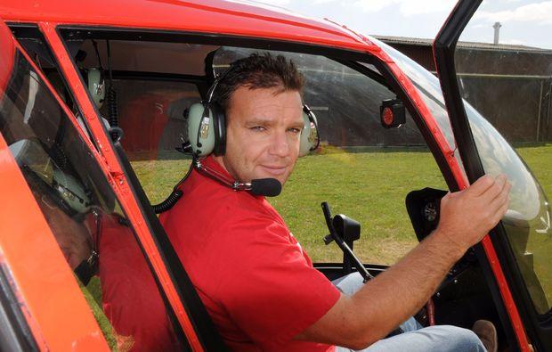 hubschrauber-rundflug-paderborn-pilot
