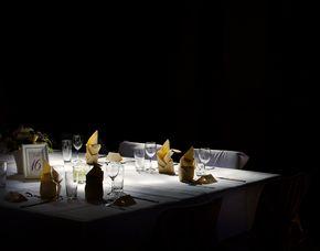 Dinner in the Dark 3-Gänge-Menü, inkl. 1 Glas Wein & 1 Softdrink p. P.