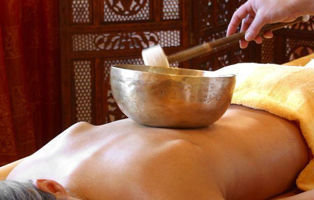 klangschalenmassage-roesrath-massage