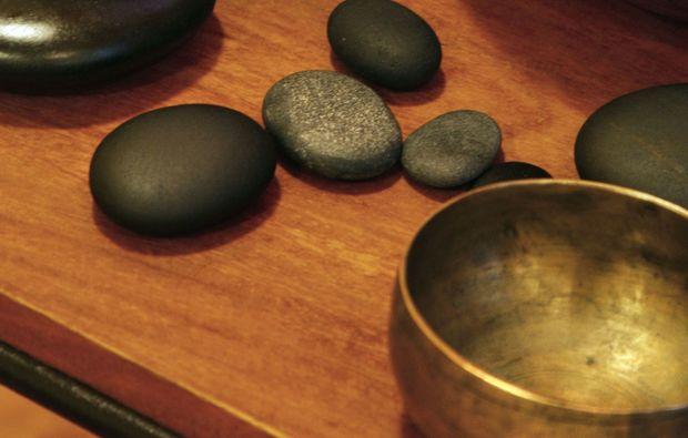 klangschalenmassage-roesrath-schale