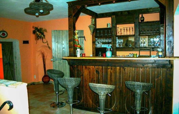 romantikwochenende-niederfrohna-bar