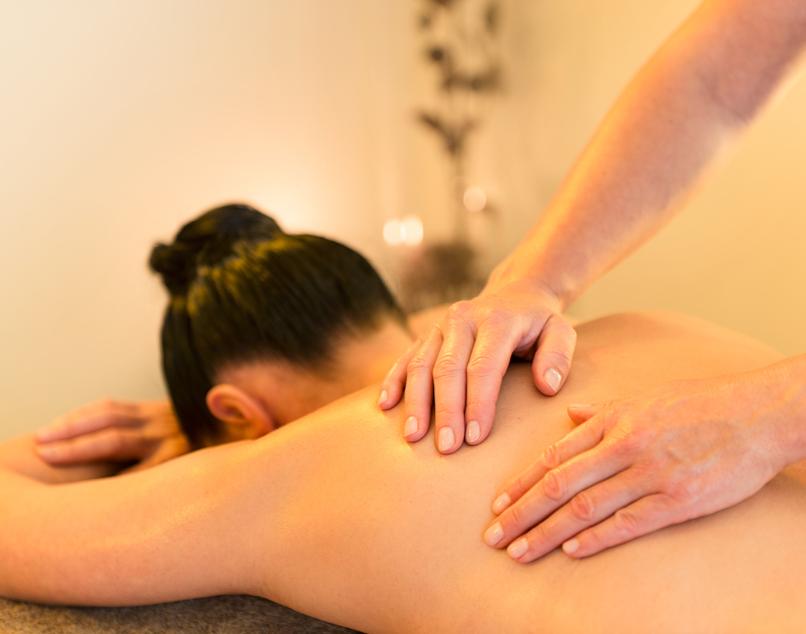 Aromaöl-Massage   Bremen Nutzung Spa-Bereich