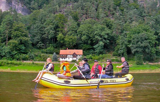schlauchboot-tour-elbe-boot