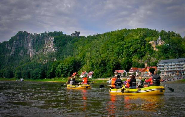 schlauchboot-tour-wehlen-geschenk-elbe