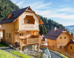 Almhütten & Berghotels - 1 ÜN - Patergassen Almdorf Seinerzeit