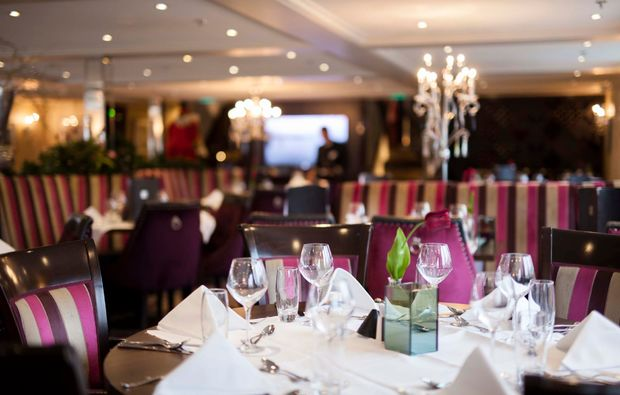 mini-kreuzfahrt-fuer-zwei-basel-restaurant