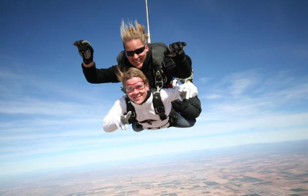 fallschirm-tandemsprung-daun-fun