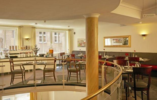 romantikwochenende-stade-widukind-restaurant-fruehstueck