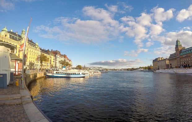 mini-kreuzfahrt-deluxe-tallinn-stockholm-hafen
