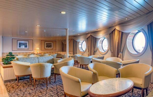mini-kreuzfahrt-deluxe-tallinn-stockholm-lounge