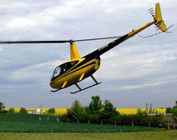Hubschrauber fliegen Taucha