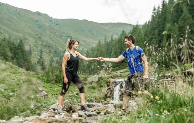 wellness-wochenende-deluxe-kirchberg-in-tirol-wandern