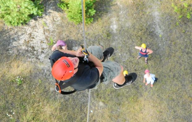 outdoor-klettern-lichterfeld-abseilen