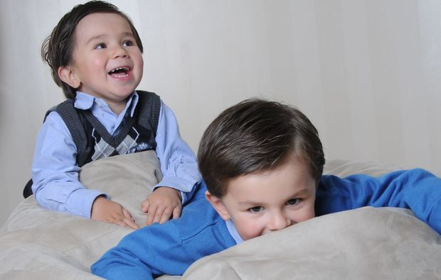 familien-fotoshooting-kiel-brueder