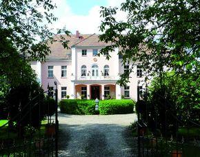 2x2 Übernachtungen inkl. Erlebnis - Schloss Frauenmark - Friedrichsruhe Schloss Frauenmark - Tea-Time, Sherry