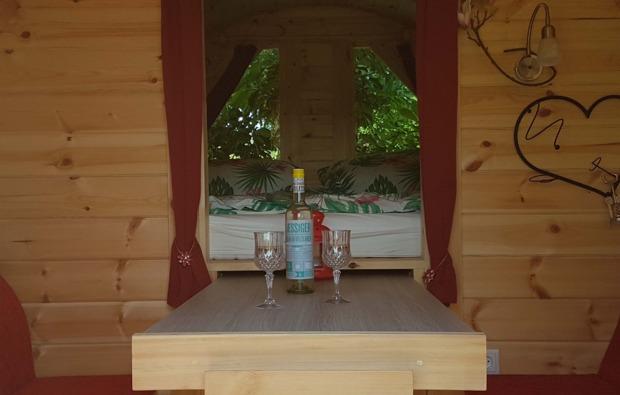 fass-uebernachtung-glonn-wein
