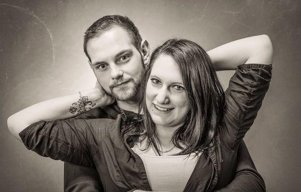 partner-fotoshooting-essenbach-verbiegen