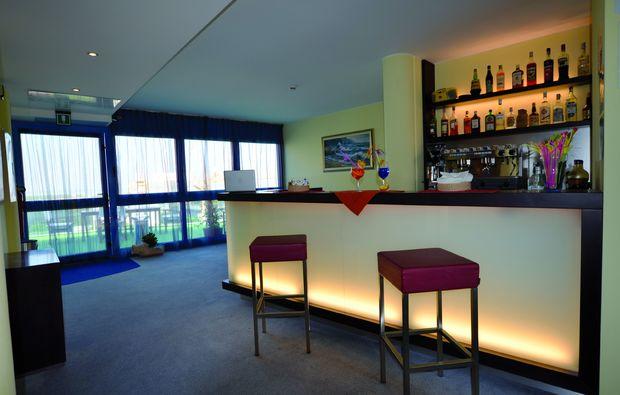 kurzurlaub-am-meer-lignano-sabbiadoro-bar