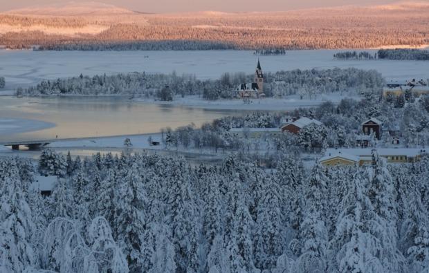 uebernachtung-im-iglu-arjeplog-landschaft