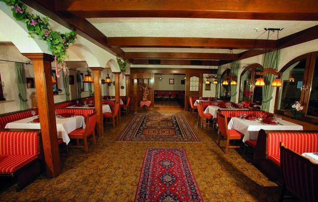 kurzurlaub-unterwoessen-restaurant