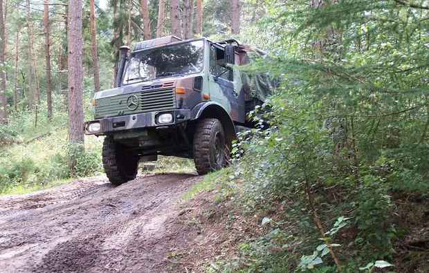 truck-offroad-fahren-fuerstenau-gelaendewagen