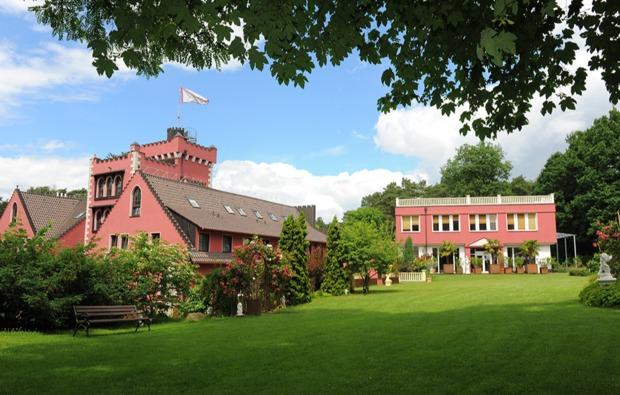 wellnesshotel-in-strausberg-burg-hotel