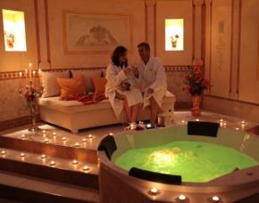 Wellness-Kurzurlaub im Burghotel für 2 - JSMD - Strausberg The Lakeside Burghotel zu Strausberg – 3 Gänge-Menü für 2