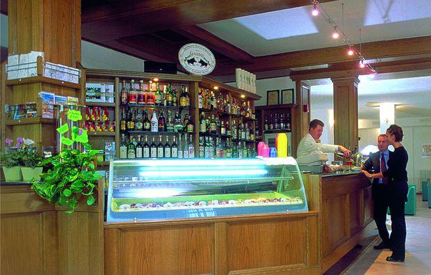 romantikwochenende-segonzano-bar