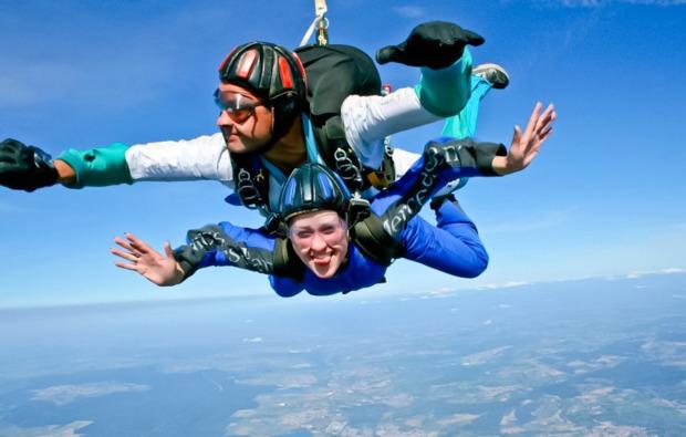 fallschirm-tandemsprung-speyer-adrenalin