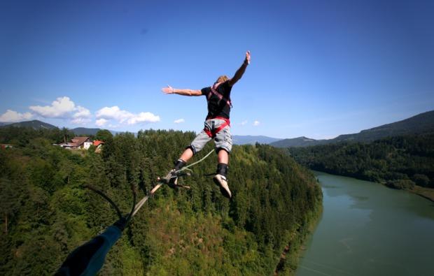bungee-jumping-oberoesterreich-sprung