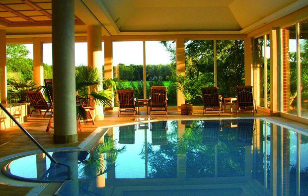 kurzurlaub-woldzegarten-pool