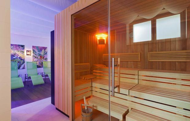 romantikwochenende-baden-sauna
