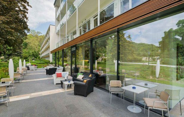 romantikwochenende-baden-terrasse