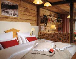 Flitterwochenende - 1 ÜN Hotel Fire & Ice - 4-Gänge-Menü