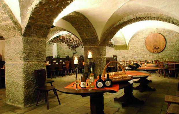 romantikwochenende-dettelbach-wuerzburg-wein