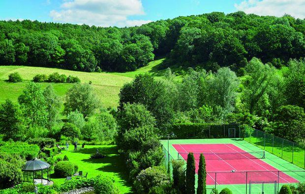 kurzurlaub-slenaken-tennis