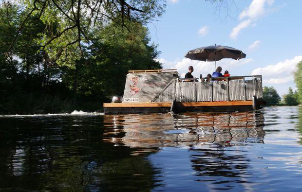 aussergewoehnlich-uebernachten-ponton-boot-bischberg