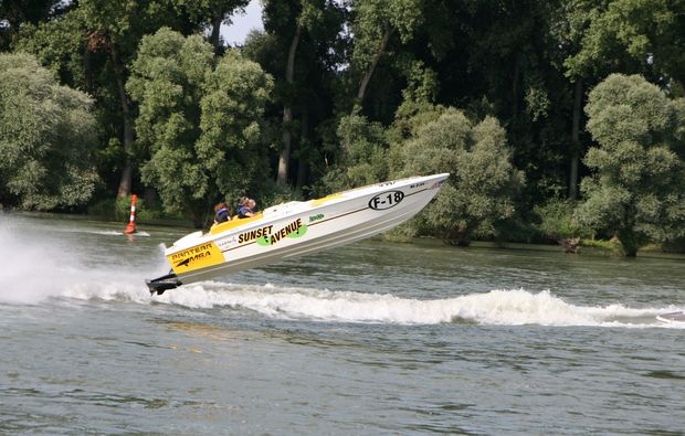speedboot-fahren-speyer-motorboot