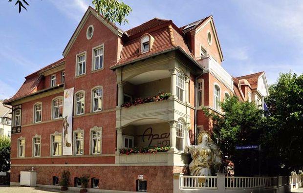 romantikwochenende-halle-hotel