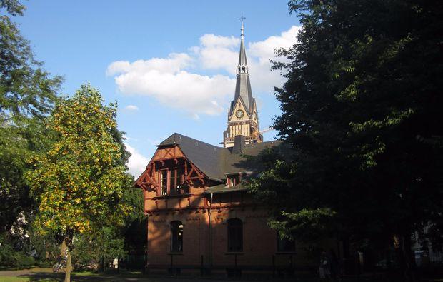 klassische-stadtfuehrung-koeln-kirchturm