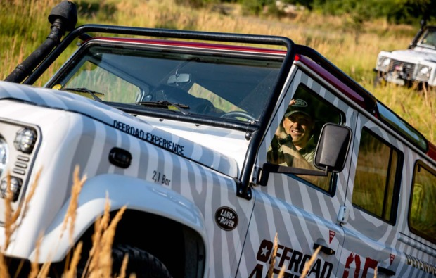gelaendewagen-offroad-fahren-prag-spass